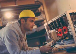 électricien en formation pour habilitation électrique par acx conseil